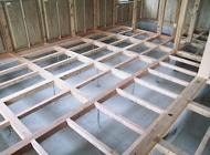 床組み工事中