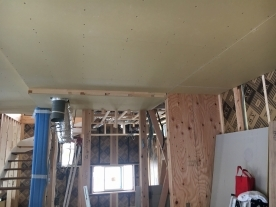 天井ボードはり