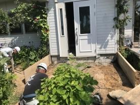 玄関ポーチ基礎工事