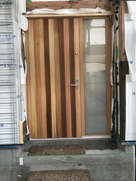 玄関ドア取付完了